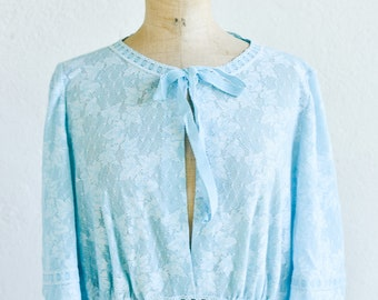 blue lace nightdress vintage HANRO Swiss designer full length half sleeve lingerie night gown size 44EU 18 UK 16 US made in Switzerland 1970