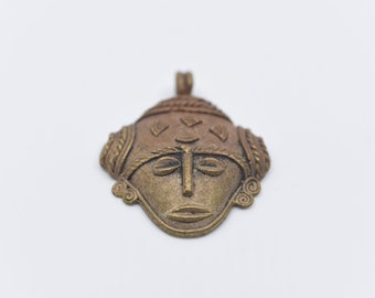 vintage African face mask pendant bead bronze tone metal decorative tribal ethnic jewellery craft supplies large metal pendant for necklace