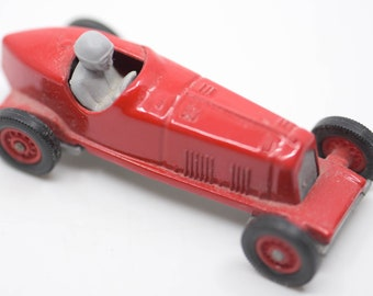 vintage car 1931 Alfa Romeo red die cast model revival toy racing model Lledo Enfield collectible made in England 1980s