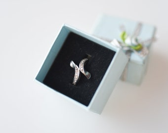 vintage ring 925 silver band strass ribbon asymmetric jewellery hallmark maker mark ancienne bague en argent with original gift box