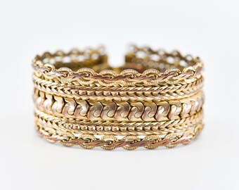 bracelet English vintage BUTLER & WILSON chunky wide bangle designer statement costume jewellery gold tone metal latch chain 1980s rare