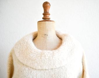 jumper French vintage cowl neck cream wool mohair blend handmade knitted waist length pullover jumper long sleeve medium adult size FR40