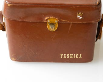 Yashica 8-E super 8 movie film camera vintage industrial film decor includes case and accessories made in Japan 1960 work condition UNTESTED