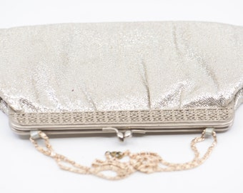 40s metallic silver purse French vintage evening cocktail prom party chain wrist strap antique lamé fabric metal clasp clutch bag fashion