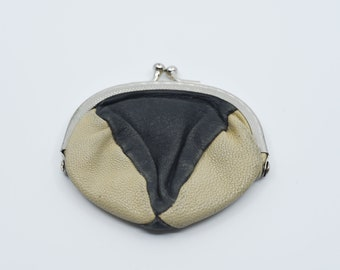 vintage coin purse French genuine leather beige black two tone soft small pouch metal clasp for handbag one size made in France retro 1970s