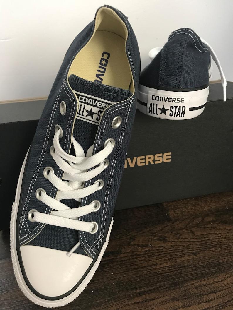 af03a39a8270c5 FLASH SALE Converse Chucks Kentucky Navy Low top Converse