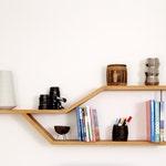 Shelf Eckig in solid oak and metal