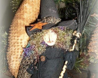 Alta's Heirlooms 2017 Primitive Halloween Witch Lou and her Moon  10""