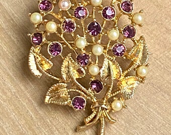 Vintage Amethyst and Pearl Flower Bouquet Brooch Pin Goldtone