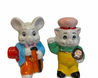 Vintage Ceramic Cat & Mouse Salt and Pepper Shakers set.