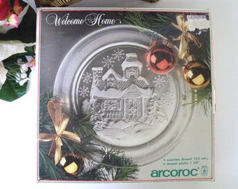 """Arcoroc Christmas Plates, Welcome Home Pattern, Textured, Frosted, Lot Four, 7 1/2"""", ARC,  France, Tempered, Quality, Dessert, Salad"""