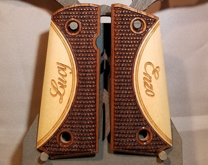 1911 COMPACT 2 wood checkered inlaid Grips