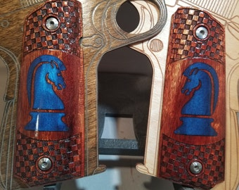 Chess Knight Paladin Engraved and Inlaid Full size 1911 grips