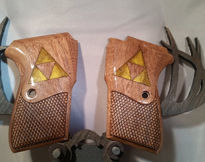 Bersa Thunder 380 Grips made from Walnut with inlaid Triforce logo from Zelda