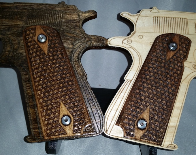 High Friction Scales Engraved Full size 1911 grips