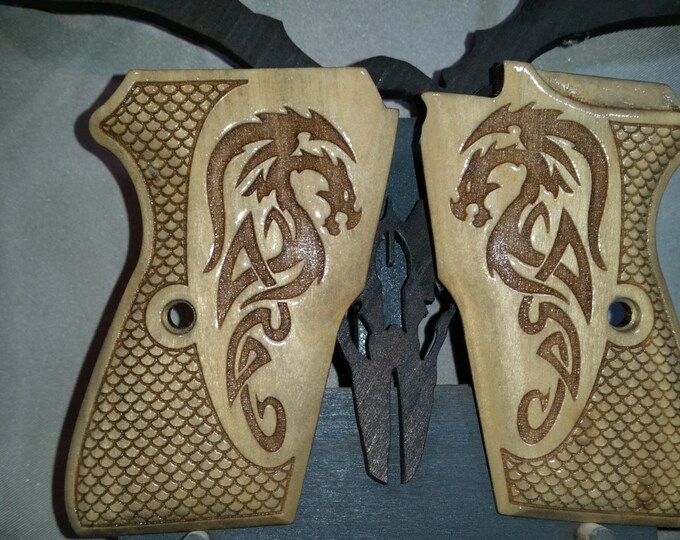 Bersa Thunder 380 Grips made with Dragon engraving