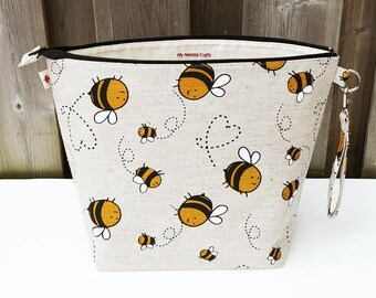 Knitting Project Bag in Bumble Bee print linen, Zipper Knitting Bag, Project Bag, Shawl size Knitting Bag, Wedge Knitting Tote, Zipper Pouch