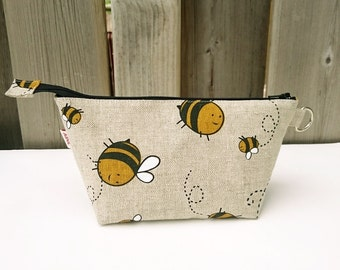 Bumble Bee Print Zippered Pouch for Knitting Notions, Small Wedge Knitting Bag in Natural Beige Linen / Cotton with Sheep
