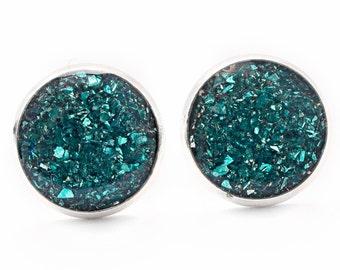 Emerald Green Crushed Glass Earrings / Stud Earrings / Silver Earring Posts / Green Emerald jewelry / Sparkle Earrings / Pretty Earrings