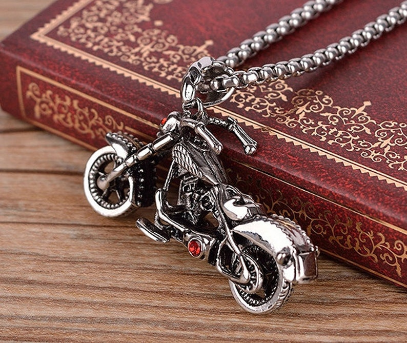 skull motor bike pendant stainless steel 3D motorcycle necklace Men/'s Rumble Chopper Necklace Red Crystal Skeleton Ghost Rider Cool Pendant