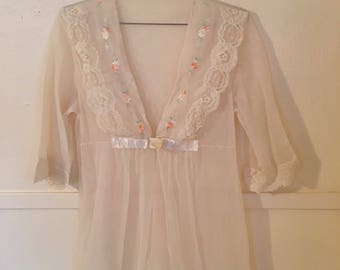 Vintage embroidered chiffon nightgown ad94b8611
