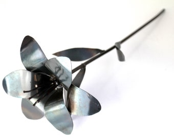 Metal Flower, Metal Lily, 11th Anniversary, 6th Anniversary, 4th Anniversary, Wedding Bouquet, Wedding Flowers, Bridesmaid Bouquet
