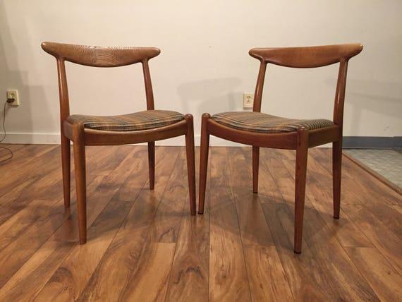Hans Wegner W2 Oak Dining Chairs, Pair
