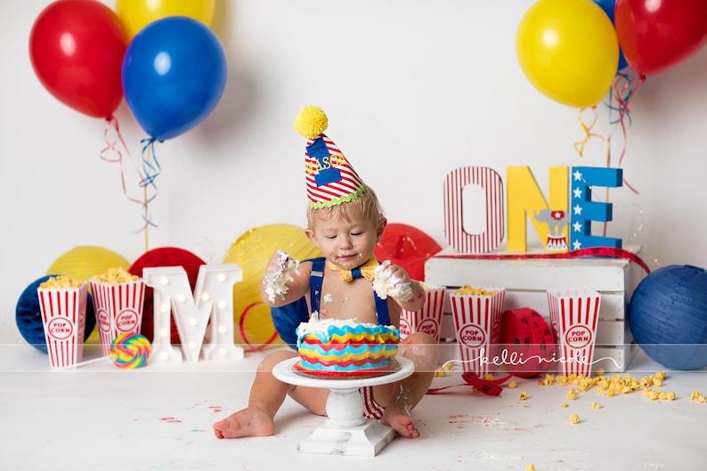 Circus ONE Sign. Circus Birthday Decor. Cake Smash Decor