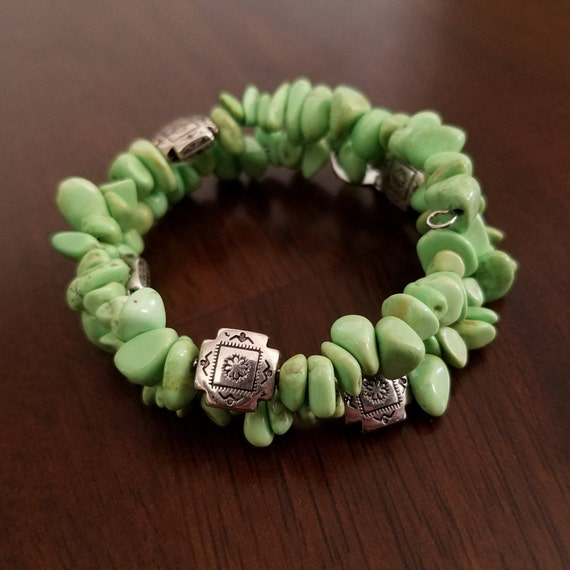 Green Stone Bracelet with Four Corners Silver Accent Beads on Memory Wire