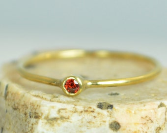 Tiny Garnet Ring, 14k Solid Gold Garnet Ring, Garnet Stacking Ring, Garnet Mothers Ring, January Birthstone, Garnet Rings, Tiny Gold Ring