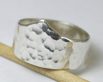 Hammered Silver Chevron Ring, Silver Tiara Ring, Sterling Silver Ring, Hammered Wide Ring, Hammered Statement Ring, Wide Silver Band,