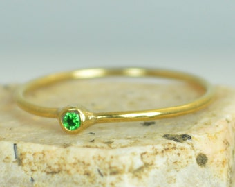 Tiny CZ Emerald Ring,Soild 14k Gold Emerald Stacking Ring, Green Emerald Ring, Emerald Mothers Ring, May Birthstone, Emerald Ring,Solid Gold
