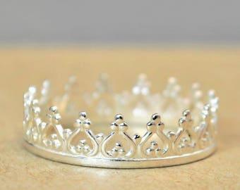 Dainty Silver Crown Ring, Princess Crown Ring, Princess Ring, Tiara Ring, Queen Ring, Sterling Crown Ring, Silver Princess Ring, Silver Ring