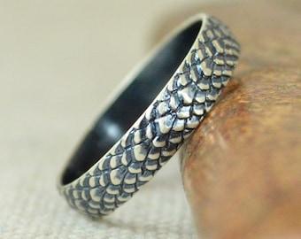 Gunmetal Snake Scale Ring, Sterling Ring, Dragon Scale Ring, Gunmetal Dragon Ring, Gunmetal Snake Ring, Snake Skin Ring, Silver band BOHO