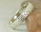 Silver Snake Scale Ring, Sterling Ring, Dragon Scale Ring, Silver Dragon Ring, Silver Snake Ring, Silver Snake Skin Ring, Silver band BOHO