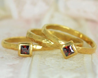 Square Garnet Engagement Ring, Gold Filled, Garnet Wedding Ring Set, Rustic Wedding Ring Set, January Birthstone, Gold Filled, Garnet Ring