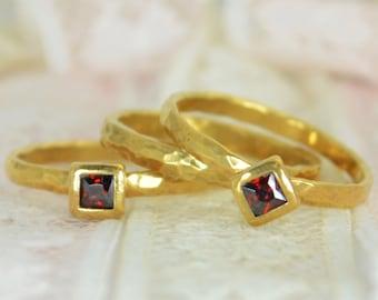 Square Garnet Engagement Ring, Gold Filled, Garnet Wedding Ring Set, Rustic Wedding Ring Set, January Birthstone, Gold Filled, Garnet Ring