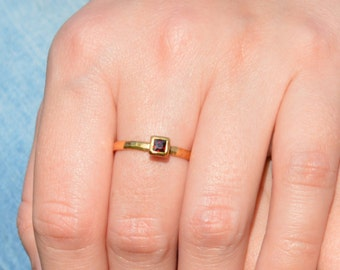 Square Garnet Ring, Garnet Solitaire, Gold Filled Garnet Ring, January Birthstone Ring, Square Stone Mothers Ring, Square Stone Ring
