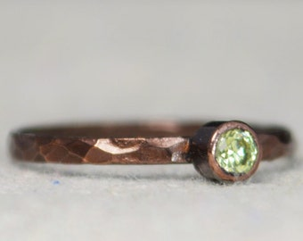 Bronze Copper Peridot Ring, Classic Size, Stackable Rings, Mother's Ring, August Birthstone, Copper Jewelry, Solitaire, Pure Copper, Band