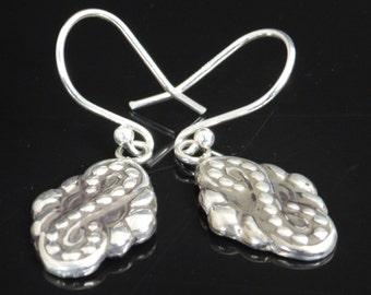 Infinity Earrings, Bohemian Earrings, boho earrings, Tribal Earrings, Silver Earrings, Dangle Earrings,  Light Earrings, Drop Earrings