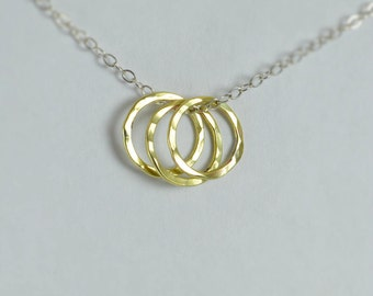 Dainty Hammered Circle Necklace, Silver Necklace, Brass Ring Necklace, Brass Ring Necklace, Dainty Necklace, Best Friends Necklace, mom's