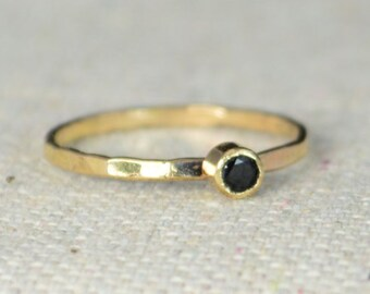 14k Gold Filled Black Spinel Ring, 3mm gold solitaire, Solitare, solitaire ring, 14k Gold, Black Ring, Mothers Ring, Gold Filled band, gold