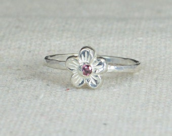 Small Flower Alexandrite Ring, Silver Purple Ring, Flower Ring, Forget Me Not, Flower Jewelry, Sterling Flower Ring, Alexandrite floral ring