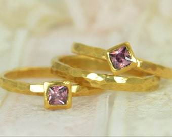 Square Alexandrite Engagement Ring, Gold Filled, Alexandrite Wedding Ring Set, Rustic Wedding Ring Set, June Birthstone, Alexandrite