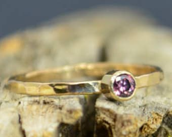 Classic 14k Gold Alexandrite Ring, 3mm gold solitaire, solitaire ring, real gold, June Birthstone, Mothers RIng, Solid gold band, gold