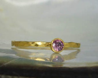 Dainty Solid 14k Gold Alexandrite Ring, 3mm gold solitaire, solitaire ring, real gold, June Birthstone, Mothers RIng, Solid gold band, gold