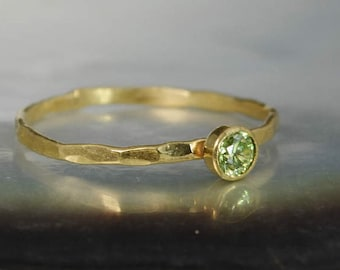 Dainty Solid 14k Gold Peridot Ring, 3mm gold solitaire, solitaire ring, real gold, August Birthstone, Mothers RIng, Solid gold band, gold