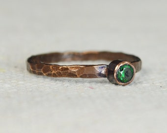 Bronze Copper Emerald Ring, Classic Size, Stackable Rings, Mother's Ring, May Birthstone, Copper Jewelry, Emerald Ring, Pure Copper, Band