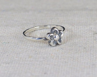 Small Flower Ring, Silver Flower Ring, Sterling Silver Ring, Forget Me Not, Flower Jewelry, Sterling Flower Ring, Floral Ring, Thin Ring