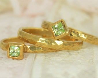 Square Peridot Engagement Ring, 14k Gold, Peridot Wedding Ring Set, Rustic Wedding Ring Set, August Birthstone, Solid Gold, Peridot